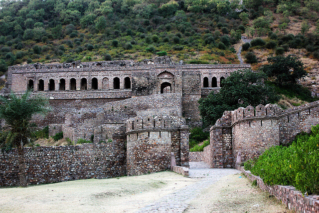 The entrance of Bhangarh Fort