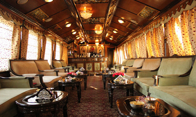 Bar Lounge in the train