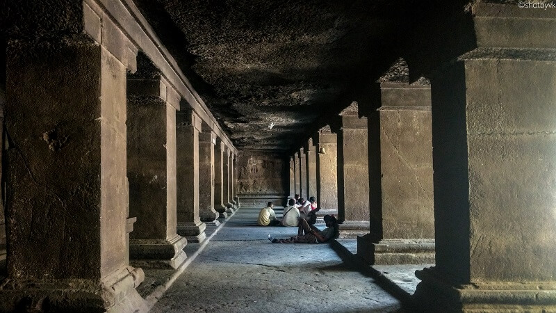 Pataleshwar Temple, Pune. Photo source: shotbyvk