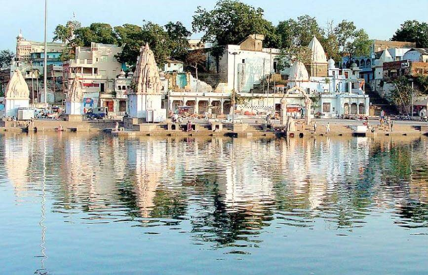 Ram Ghat and Kshipra river, Ujjain. Pic courtesy: Wikipedia